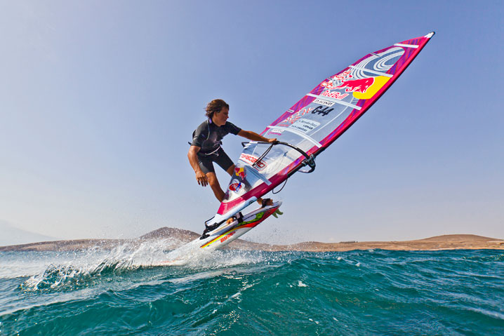 Red bull storm chase amigosdelwindsurf - Red bull content pool ...